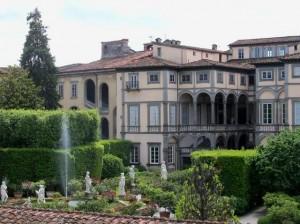 Lucca-Villa