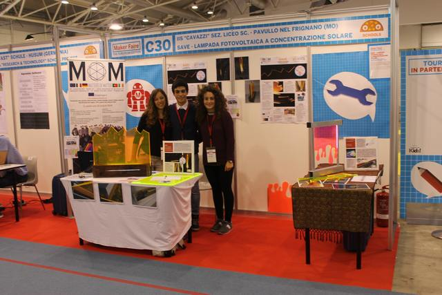 Students from IIS Cavazzi-Sorbelli at Rome Maker Faire